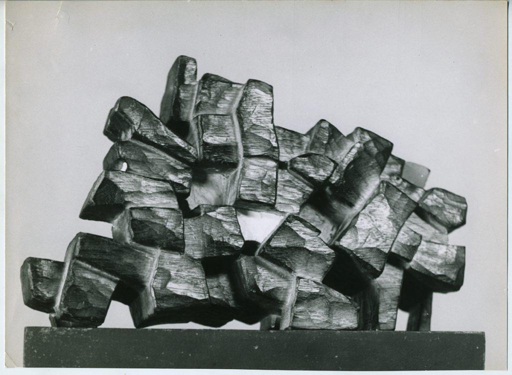 Gast04_Proyecto-de-un-edificio-Multifamiliar,-1955