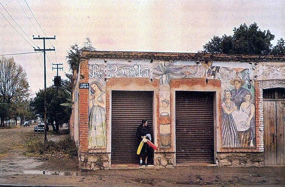 Pulquería La Rosita, Coyoacán, Ciudad de México, ca. 1952.